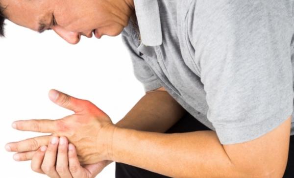 Mengatasi nyeri sendi saat demam